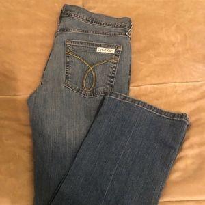 Calvin Klein Size 8 Slim Bootcut Low-Rise Jeans